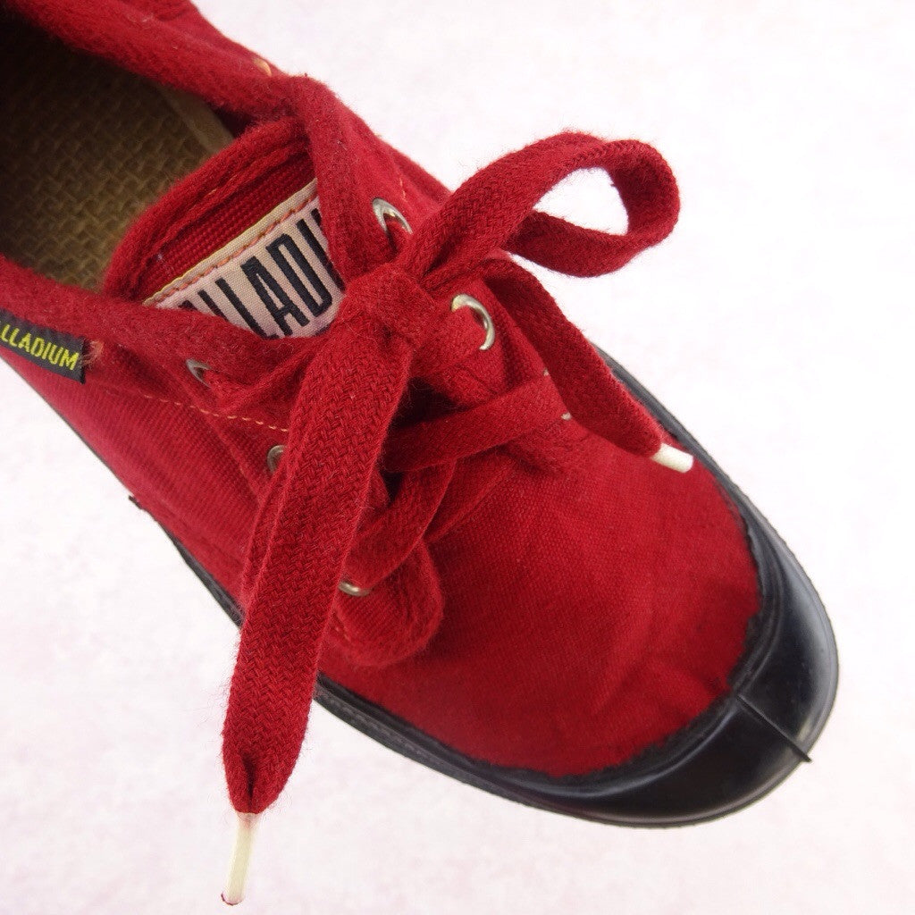 2000s Red Canvas Sneakers NWT v we