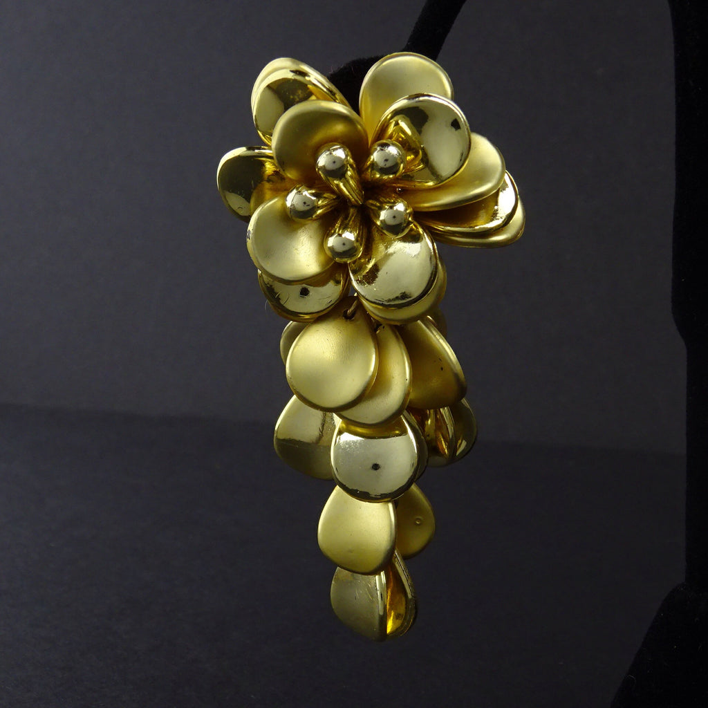 Vintage 80s Long Muti-Petal Floral Gold-Tone Earrings gf