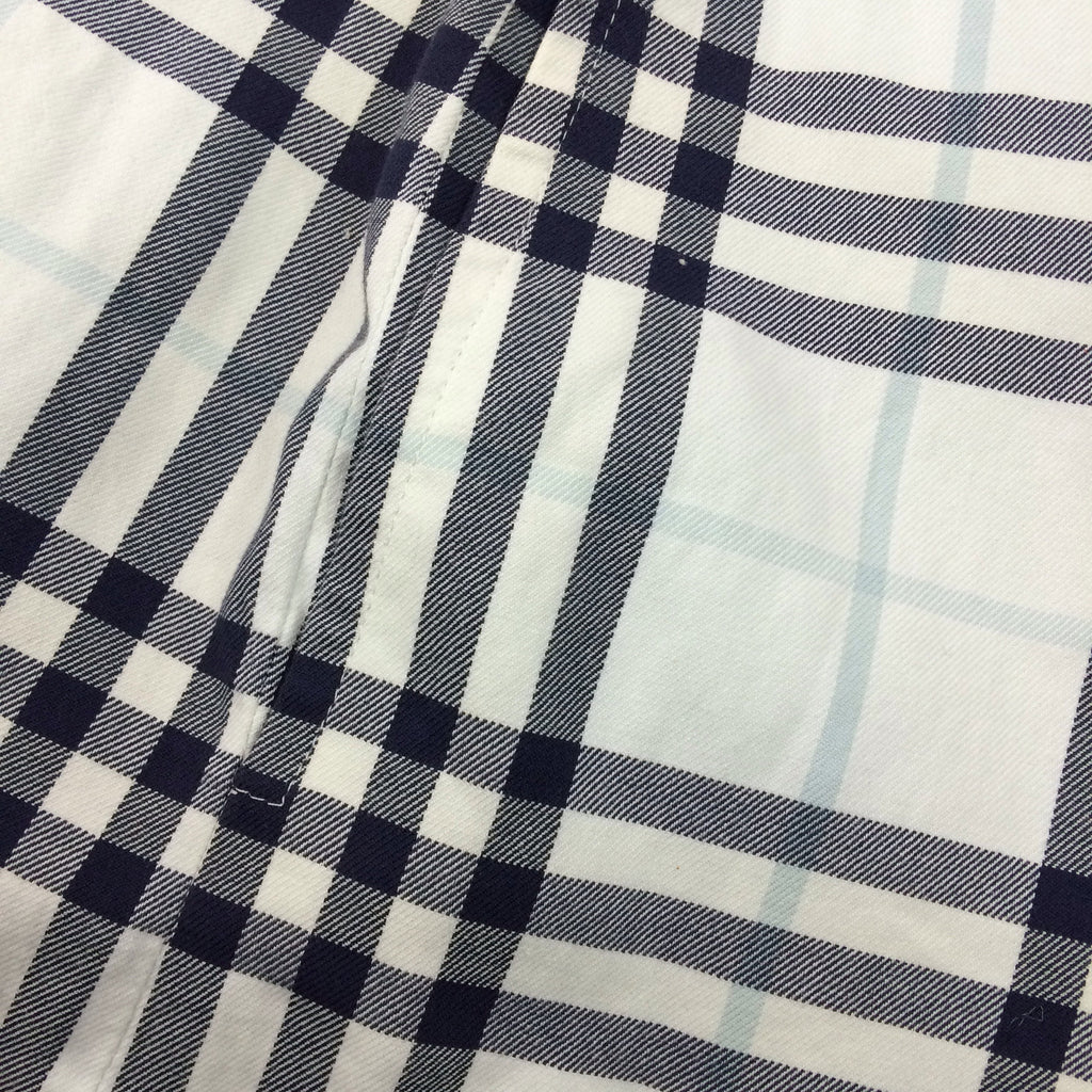 2000s BURBERRY Checked shorts label