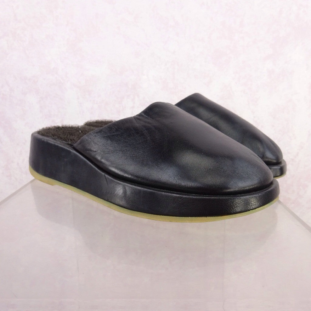 2000s Leather Wedgie Slip Ons