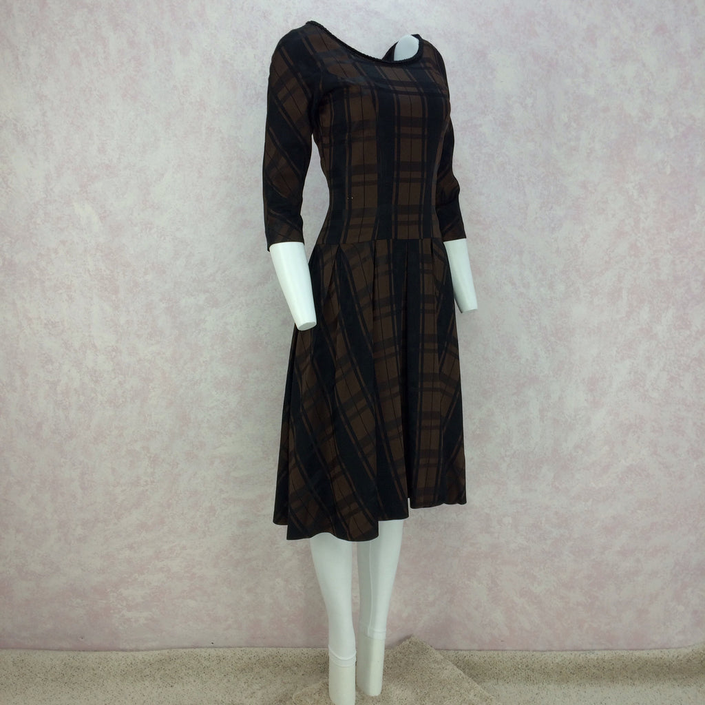 Vintage 50s Plaid Taffeta Drop Waist & Flair Dress side