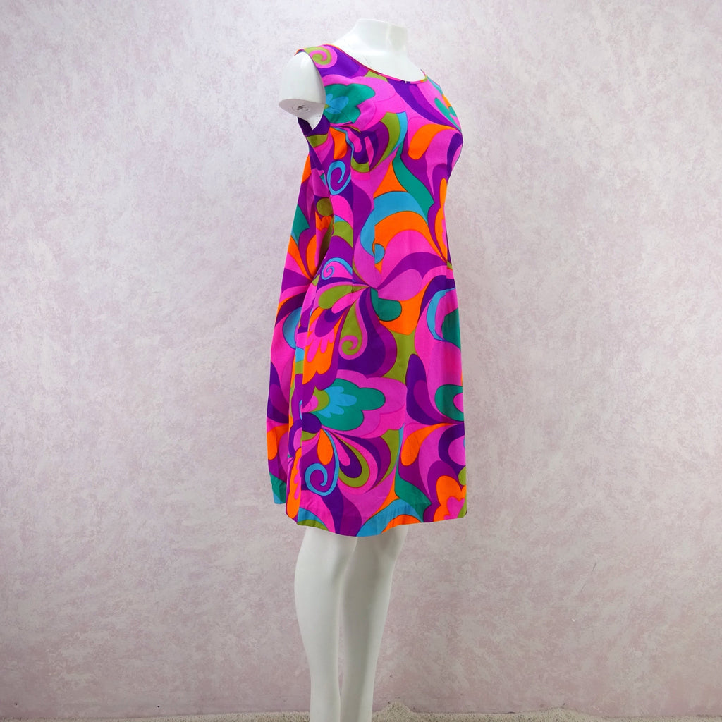 Vintage 60s Bold Op-Art Patio Sheath Dress, Pink f