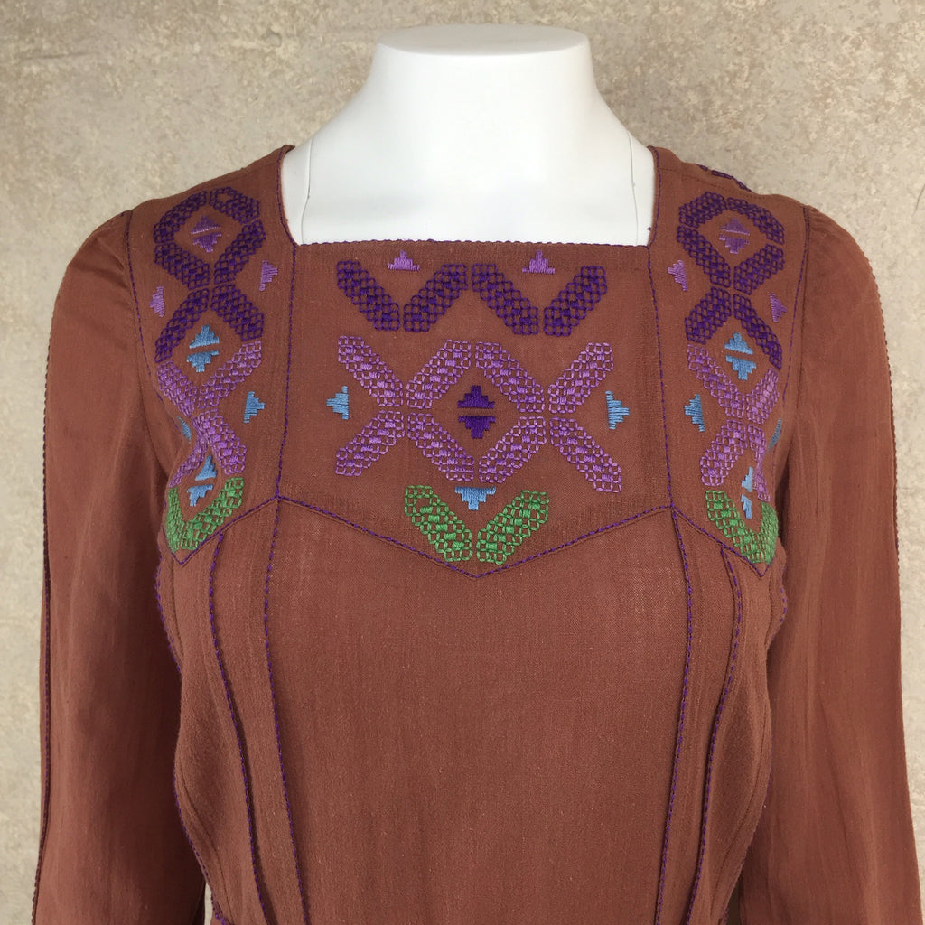 Vintage 70s Emmanuelle Khanh Embroidered Tunic, detail