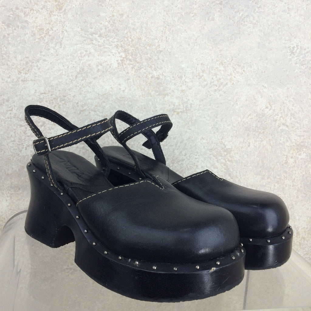 2000s MIA Wood & Leather Clogs, Side