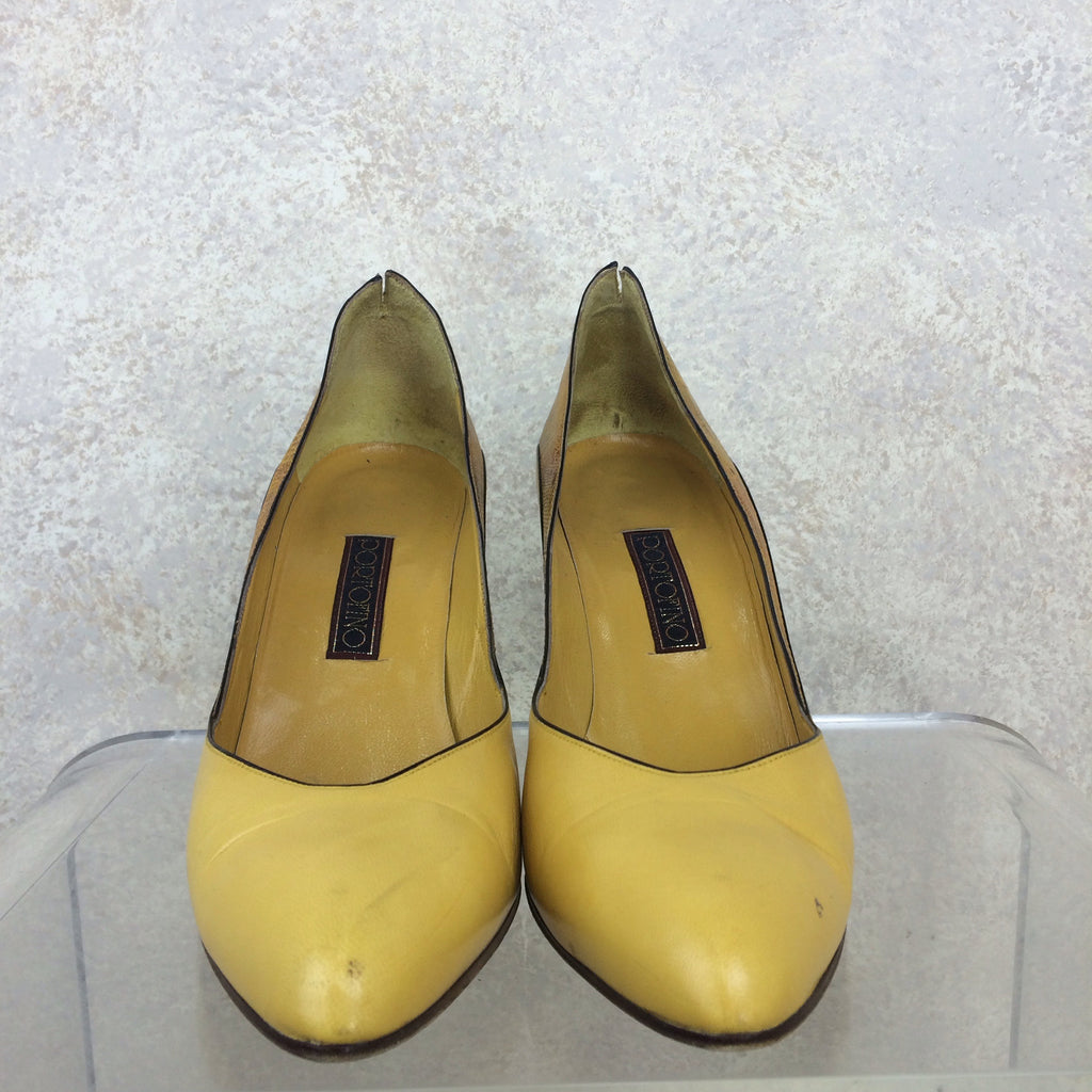 Vintage 90s PORTOFINO Leather & Lizard Pumps, front