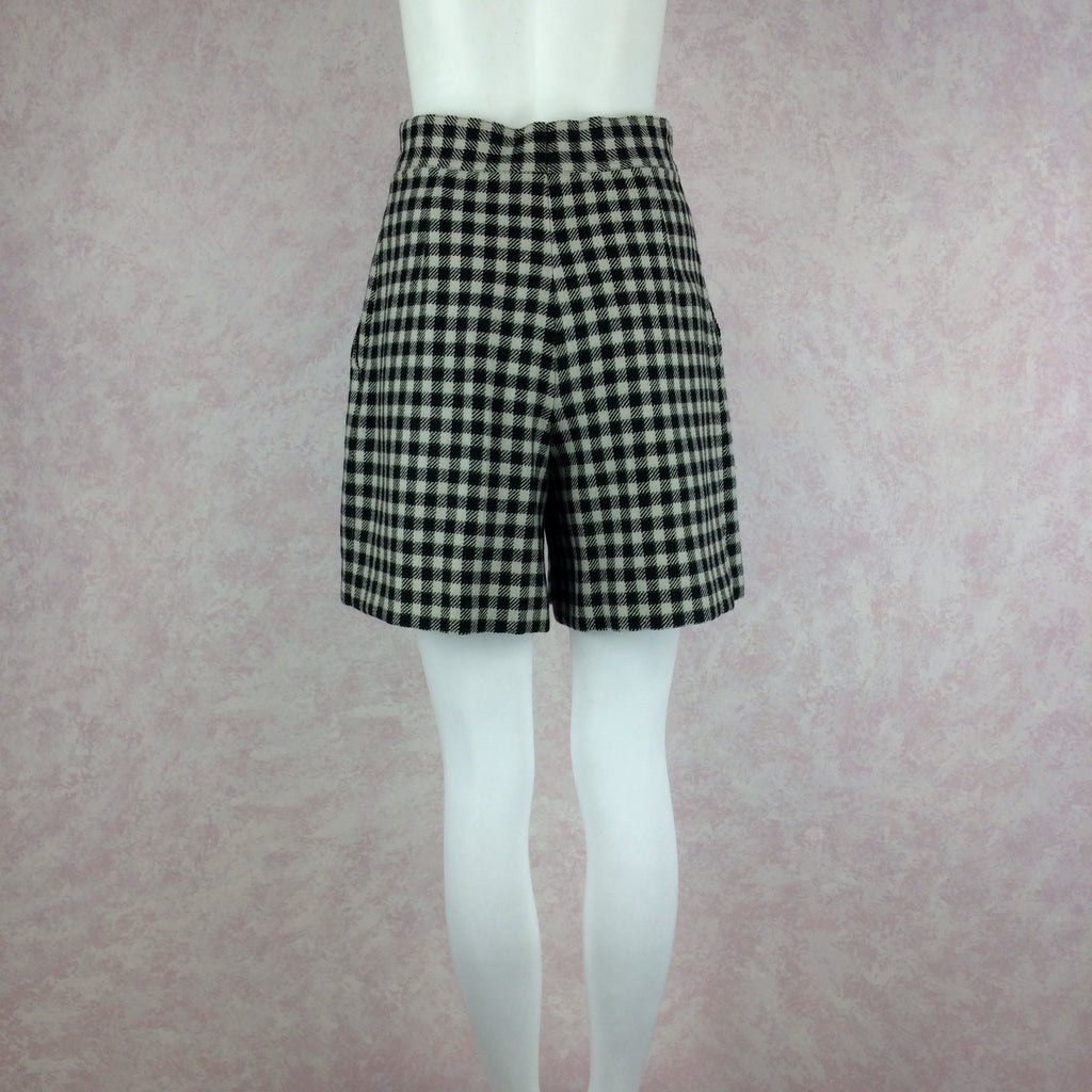 2000s LAUREL Checked Wool Pleated Shortso
