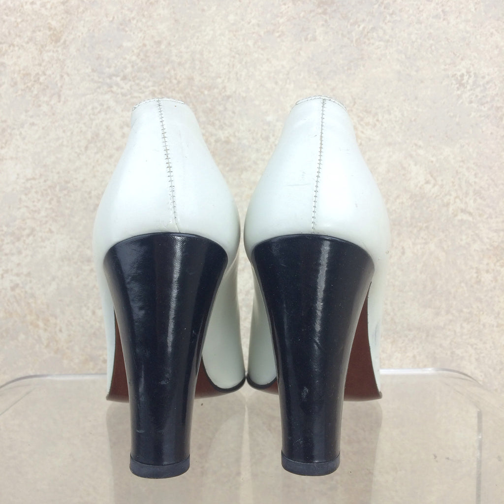 2000s RALPH LAUREN Peep Toe Pumps, Back