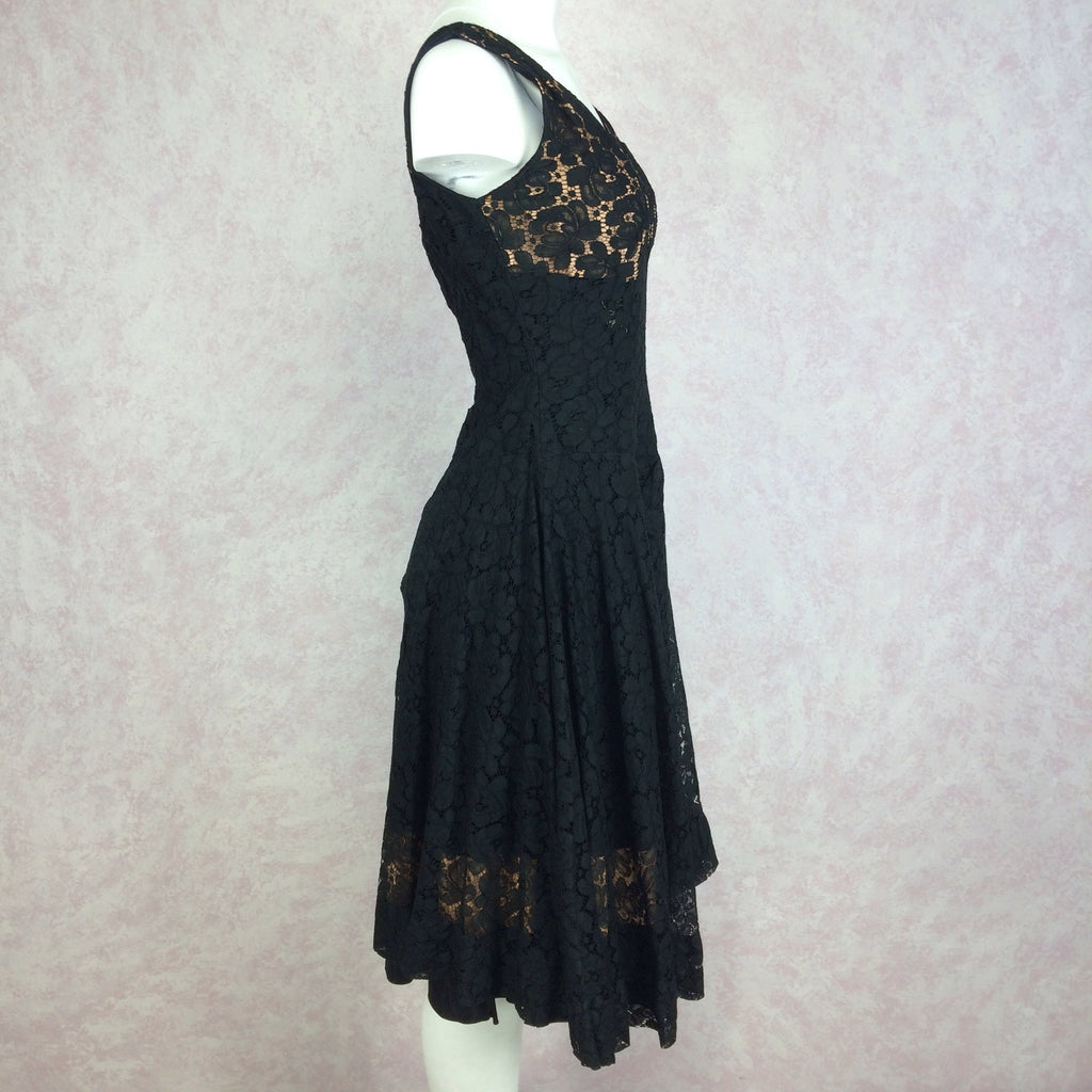 Vintage 60s Sexy Lace Sleeveless Cocktail Dress, Side 2