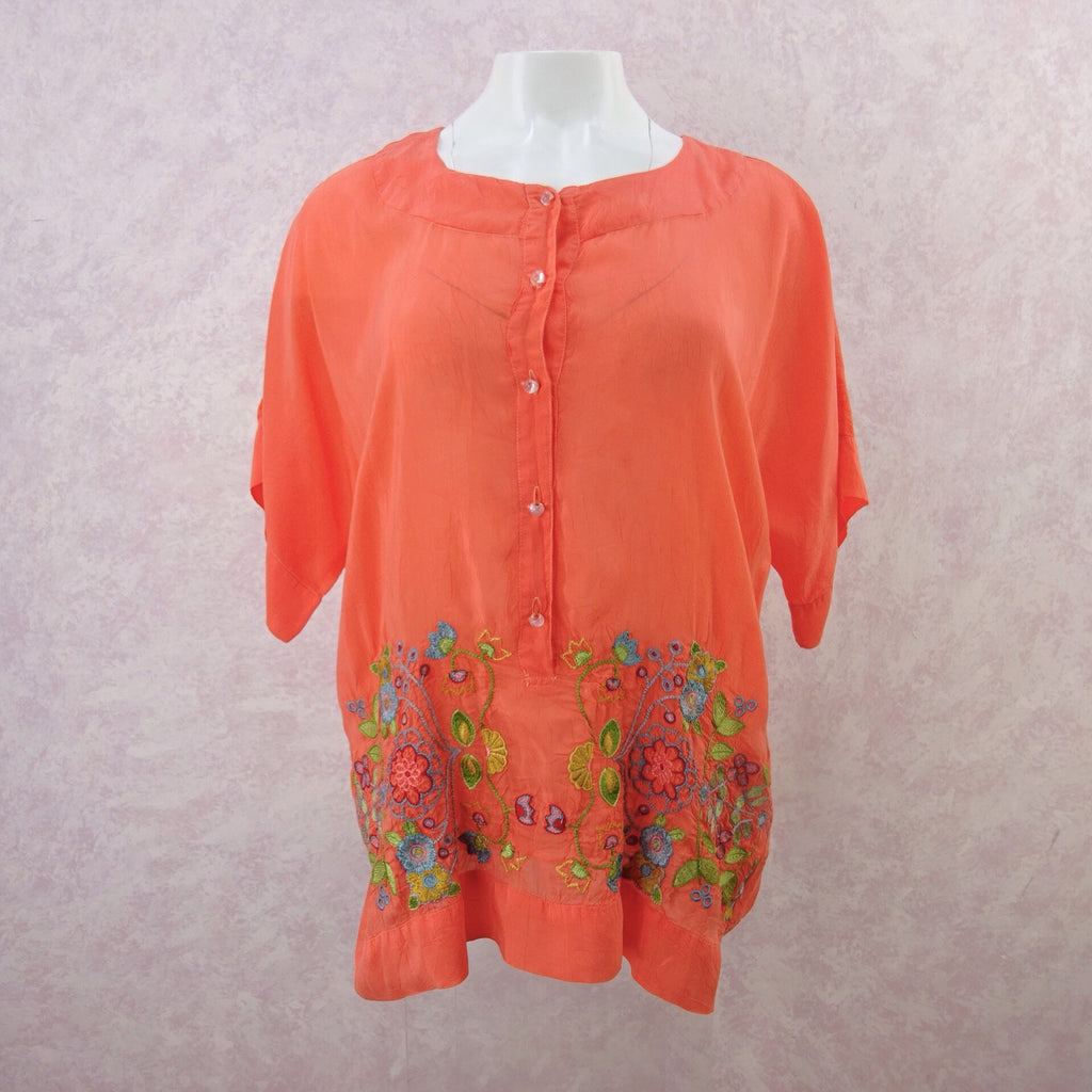 2000s JOHNNY WAS Rayon Embroidered Top, NOS.  f