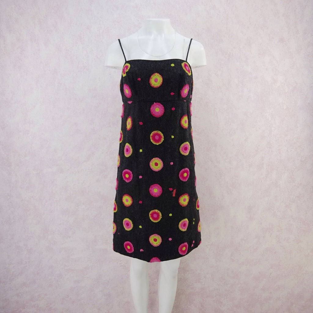 Vintage 70s wool dress with colorful embriodery, f