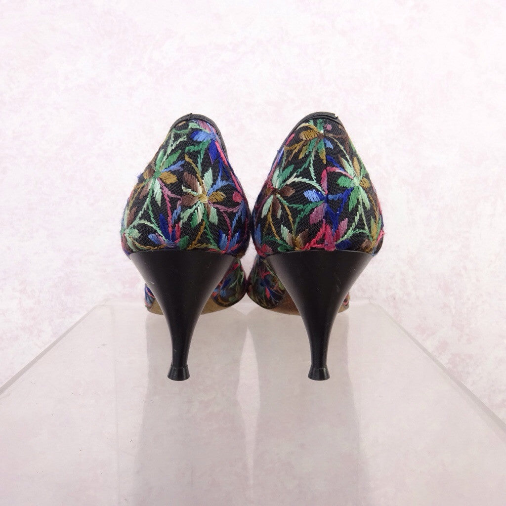 Vintage 50s Multi-Color Embroidered Stilettos nb