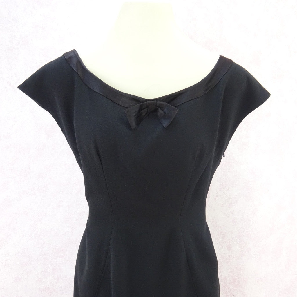 Vintage 60s Little Black Dress With Satin Neckline fff