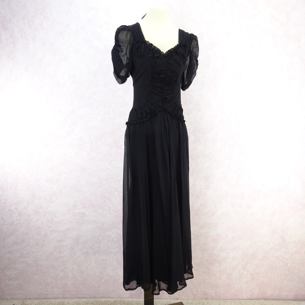 Vintage 40s Fitted Dress w/Ruched Fitted Bodice