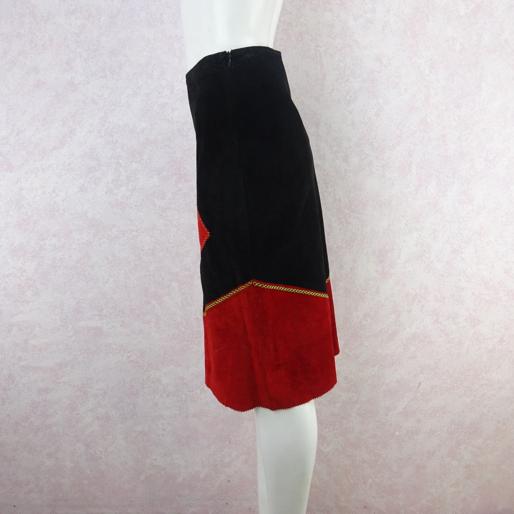 2000s Suede Bold Color Blocked Diamond Appliquéd Skirt gfd