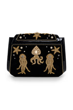 MEA PULPO Clutch 2 in Black & Gold thumbnail