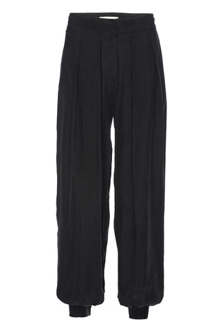 The Elsa Pant in Black