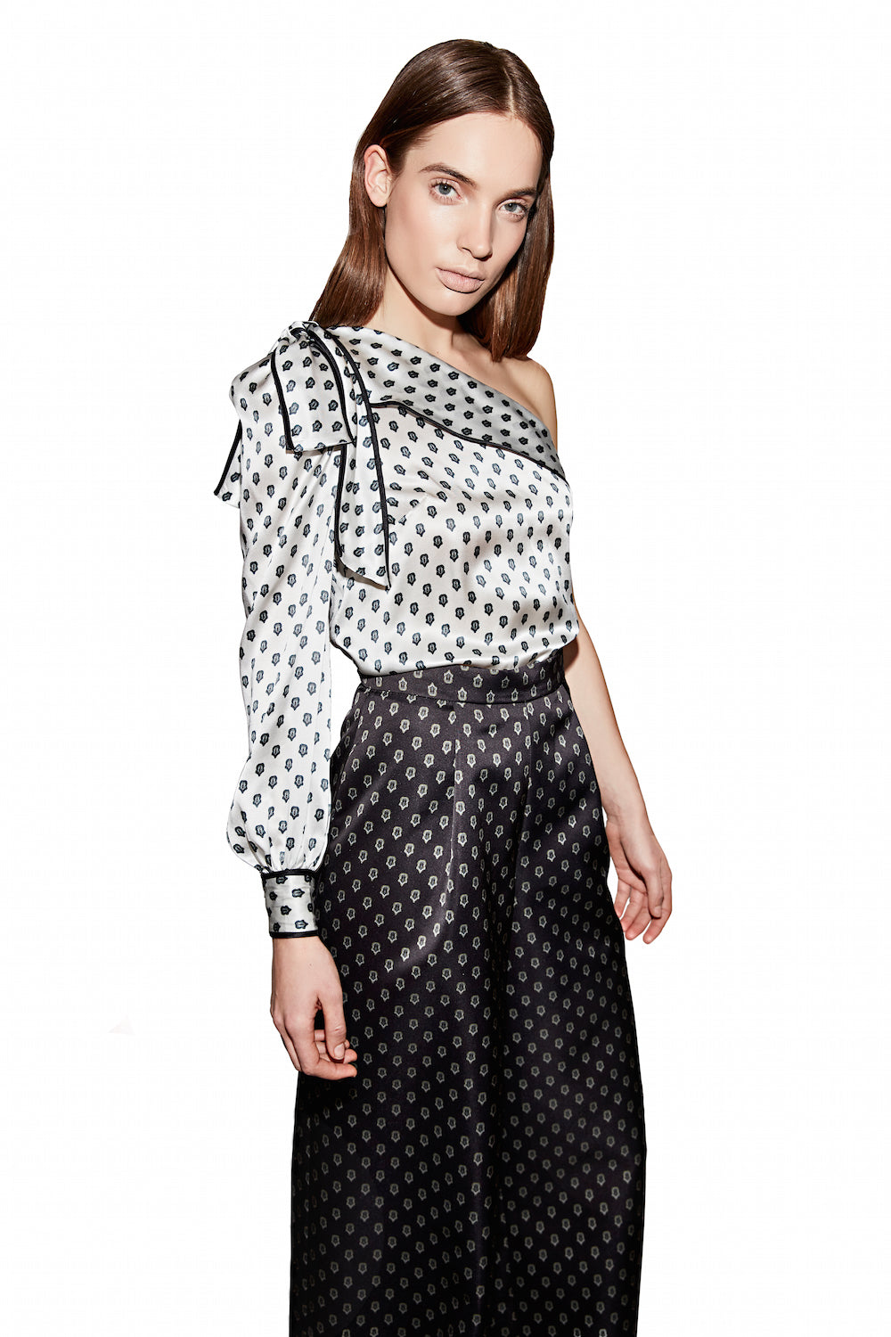 The Suki Blouse in Black & White