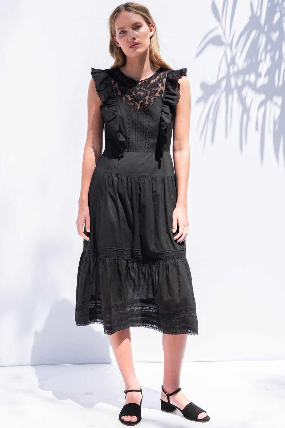 Lila Dress in Black