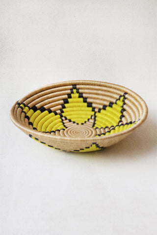 Plateau Basket with Citron Flower