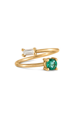 Emerald and Diamond Twist Ring