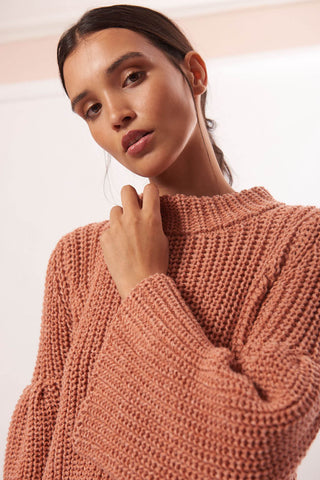 Suny Crop Sweater in Blush