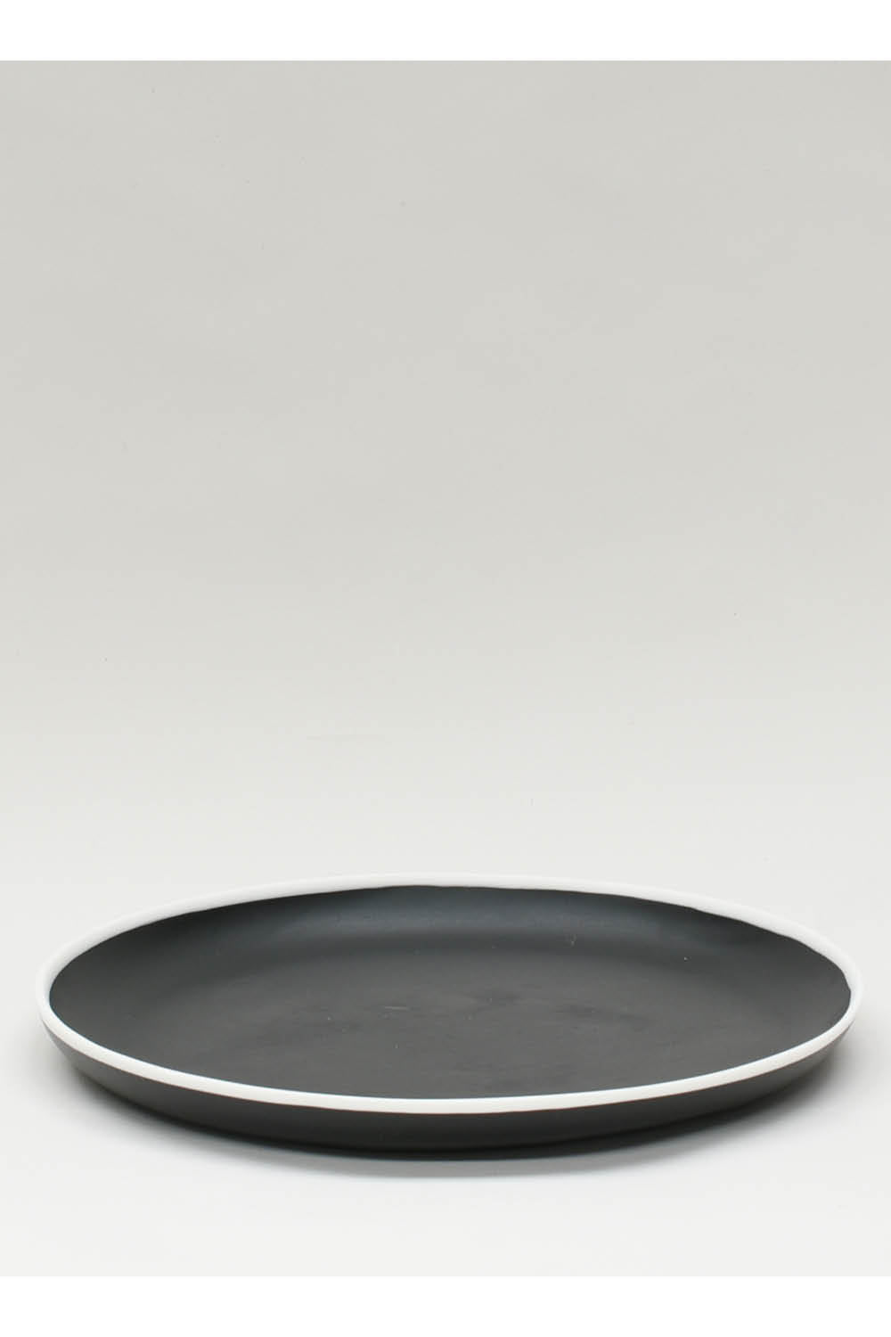 Platter in Black with White Rim