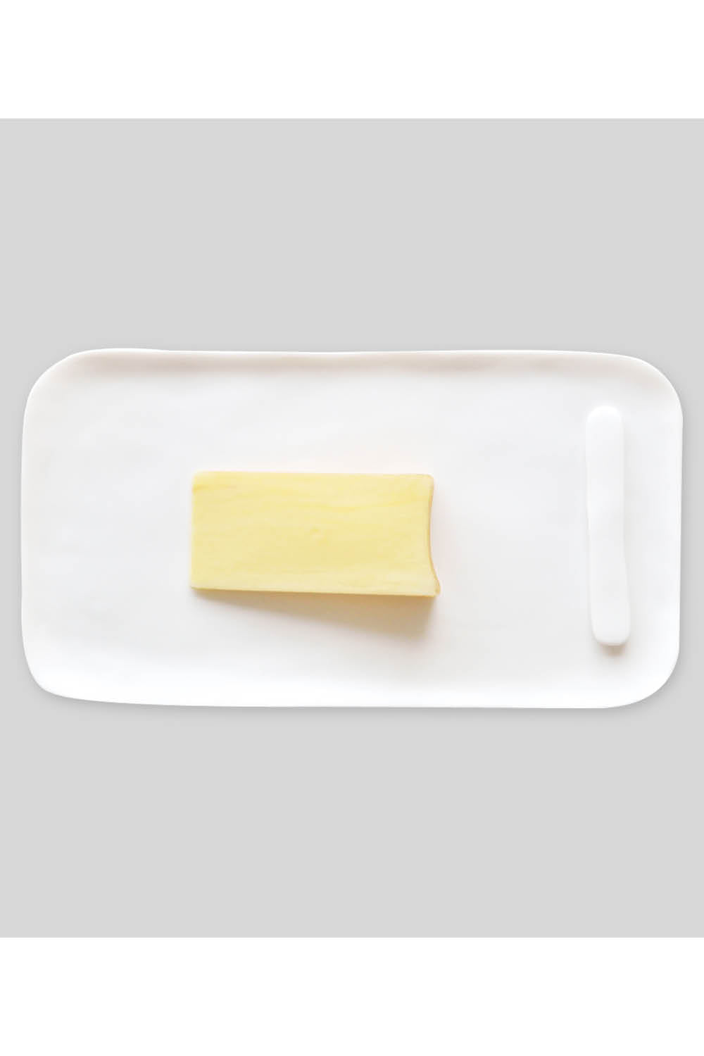 Large Serving Board with Cheese Spreader - White