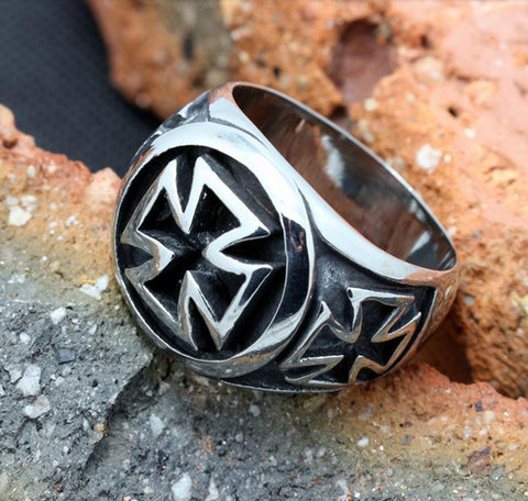 Cross Biker Ring (sizes 7-13) - Shopy Bay