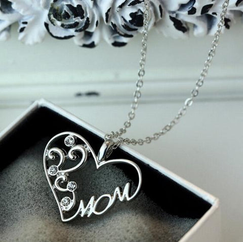 "Fashion Love ""Mom"" Crystal Necklace - Shopy Bay"