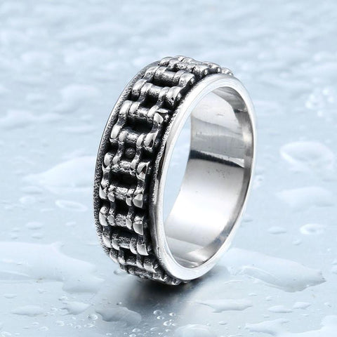 Cool Bike Chain Biker Ring (size 7-13) - Shopy Bay