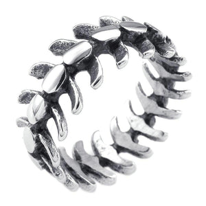 Skeletal Spine Biker Ring (size 7-13) - Shopy Bay