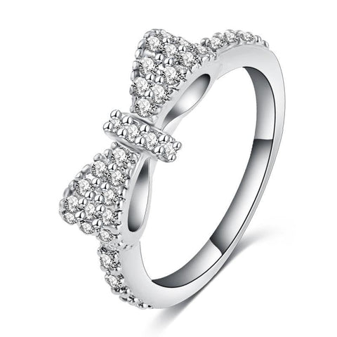 Rhinestone Appealing Bow Ring (size 6-9)