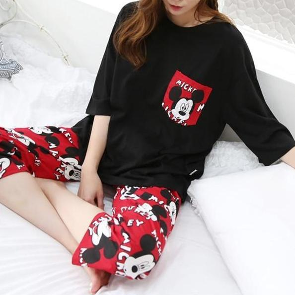 Black or White Comfortable Sleep Wear