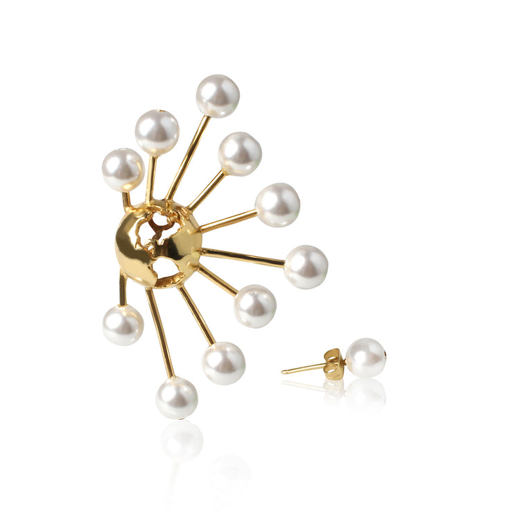 Halo Earring by Cristina Ramella