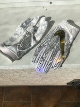Nike Thriller superBAD 4.5 Iced out White/Gold