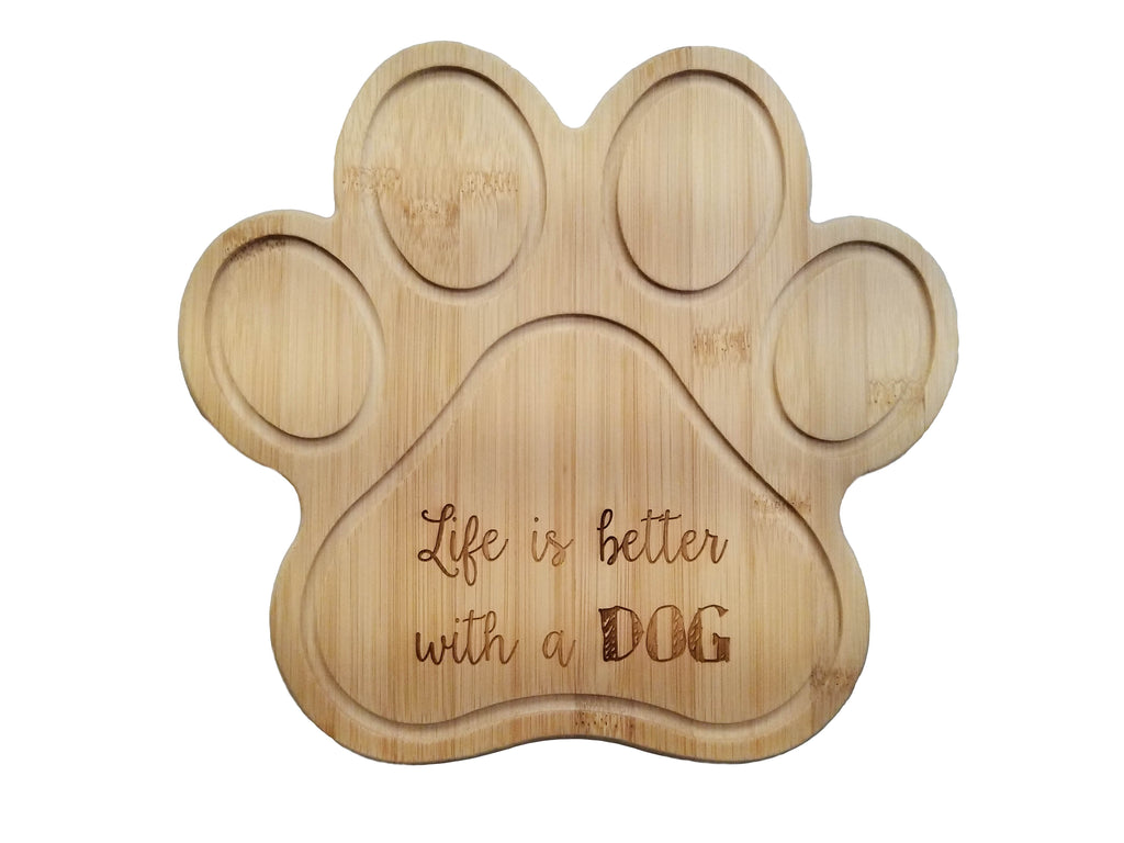 engraved personalized cutting board dog paw print pet owner gift laser engraving customizable bamboo gift present party celebration house gift housewarming kitchen kitchenware