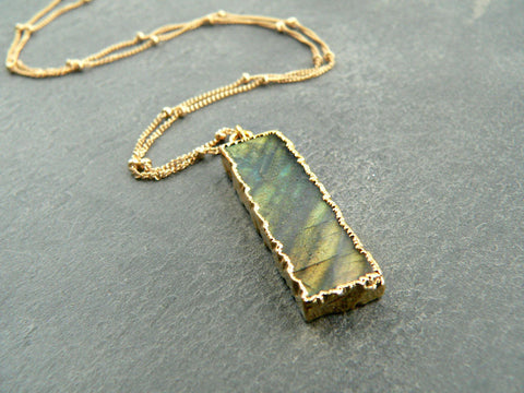 Kattilac Gems Labradorite Necklace