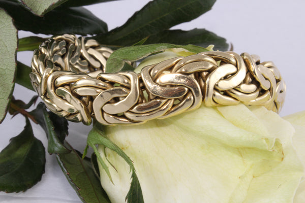 The Monarch Bracelet