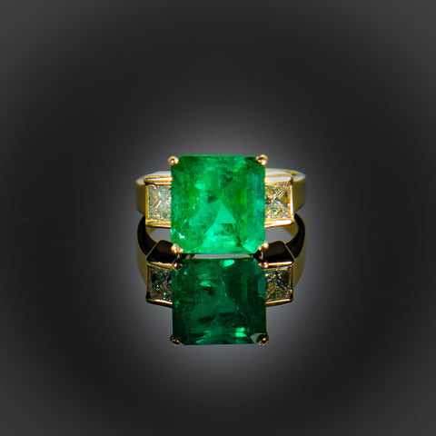 Eye Catching Emeralds