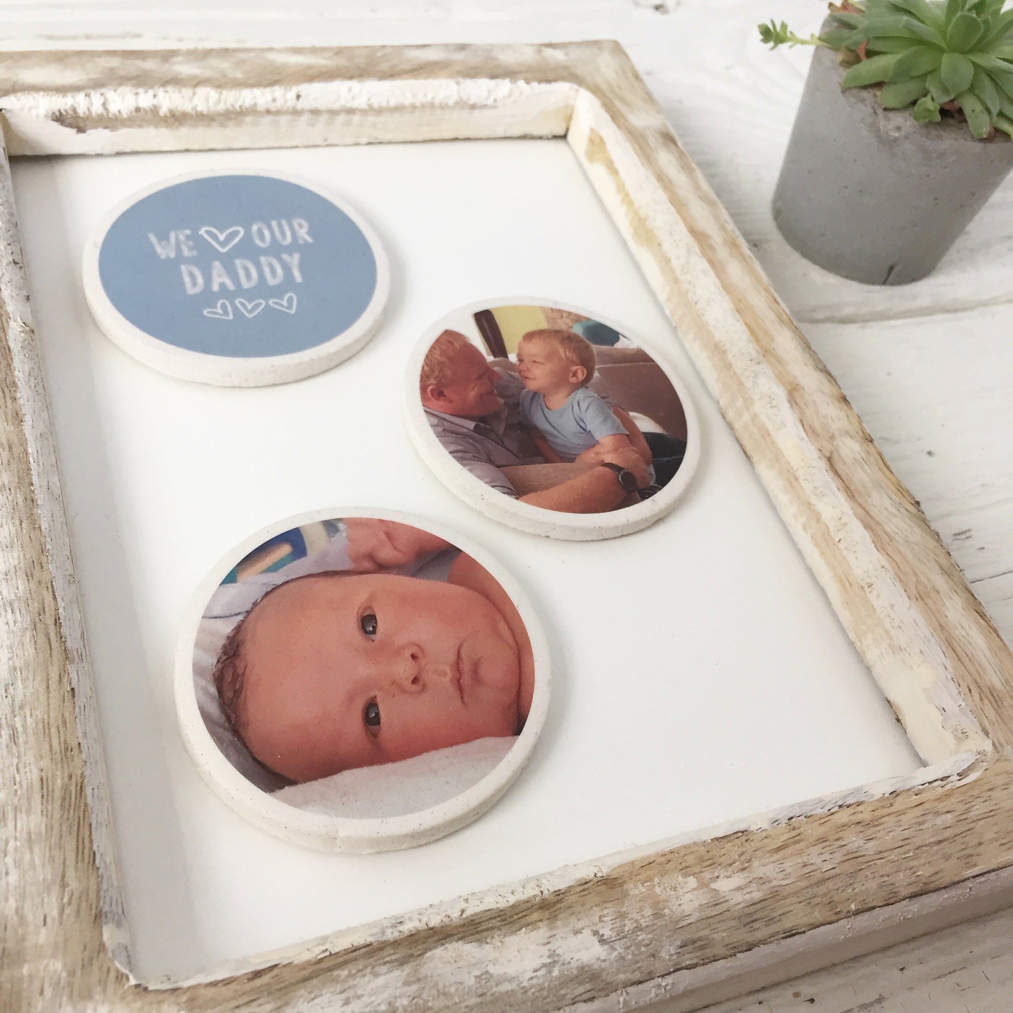 Periwinkle and Clay - The Circle Frame