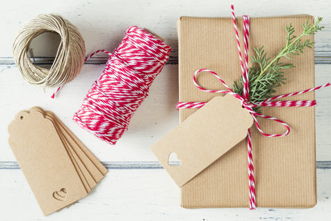 3 Ways To Wow With Christmas Gift Wrap – Periwinkle and Clay