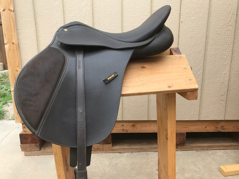 "Used Wintec All Purpose Saddle 17"" Medium Tree"