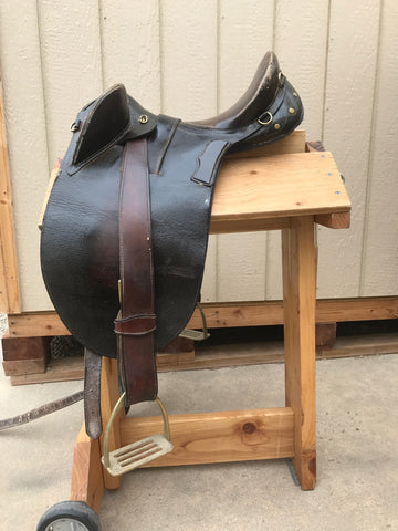 Used Aussie Saddle 16""