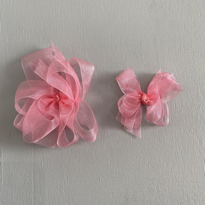 Sheer Bow, Small, Coral