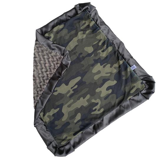 Rockin Royalty Camo Blanket