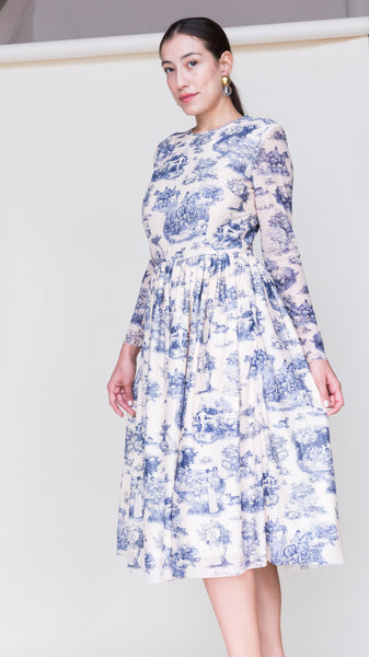 Van Long Sleeve Midi Dress in Manhunt Toile