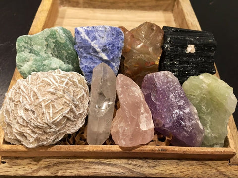 Happy Home crystal set - healing crystals and stones set - Stress Relief - raw crystals - gift box - crystal jewelry box - positive energy 6
