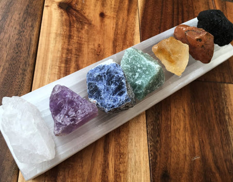 Seven Chakra Stone Set with Selenite Tile (Black Tourmaline, Carnelian, Citrine, Green Aventurine, Sodalite, Amethyst & Quartz)