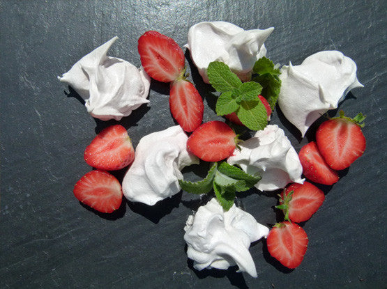 STRAWBERRY AND MINT MERINGUES