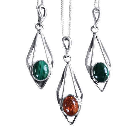 Art Deco Pendants in Malachite and Amber